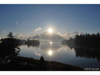 Photo 9: 207 485 Island Hwy in VICTORIA: VR Six Mile Condo for sale (View Royal)  : MLS®# 702261