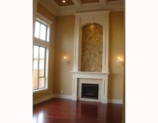 Photo 2: 8180 MOWBRAY Road in Richmond: Saunders House for sale : MLS®# V740332