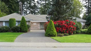 """Photo 1: 13070 22A Avenue in Surrey: Elgin Chantrell House for sale in """"Ocean Park"""" (South Surrey White Rock)  : MLS®# F1203784"""
