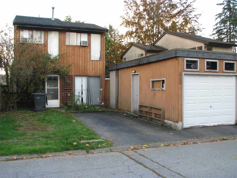 FEATURED LISTING: 865 PINEBROOK Place Coquitlam