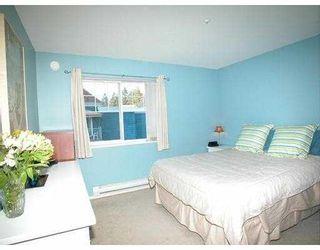 "Photo 5: 301 3085 PRIMROSE Lane in Coquitlam: North Coquitlam Condo for sale in ""LAKESIDE COMPLEX"" : MLS®# V693474"