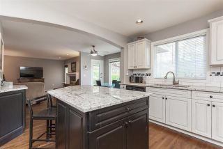 """Photo 8: 10133 170A Street in Surrey: Fraser Heights House for sale in """"FRaser Heights Abbey Glen"""" (North Surrey)  : MLS®# R2359791"""