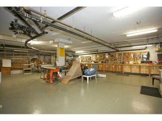 "Photo 32: 401 15340 19A Avenue in Surrey: King George Corridor Condo for sale in ""Stratford Gardens"" (South Surrey White Rock)  : MLS®# F1448318"