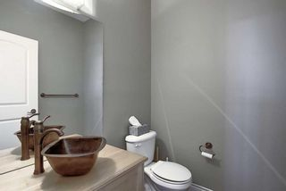Photo 16: 529 21 Avenue NE in Calgary: Winston Heights/Mountview Semi Detached for sale : MLS®# A1123829