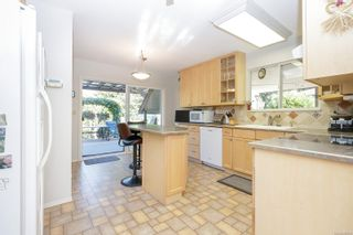 Photo 11: 2274 Alicia Pl in : Co Colwood Lake House for sale (Colwood)  : MLS®# 885760
