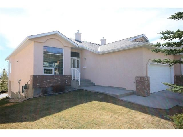 Main Photo: 4 Eagleview Place: Cochrane House for sale : MLS®# C4010361