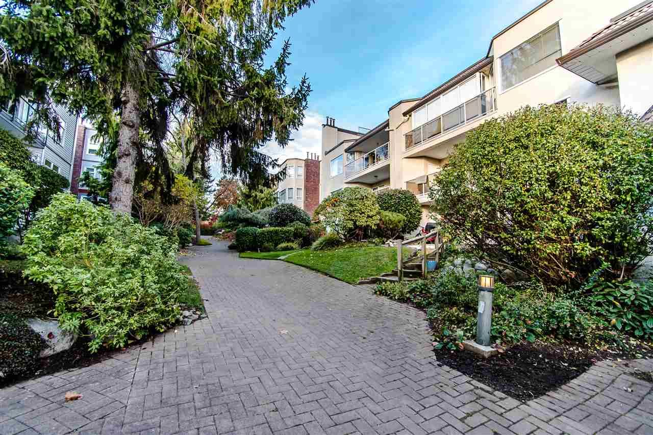 "Main Photo: 204 1225 MERKLIN Street: White Rock Condo for sale in ""Englsea II"" (South Surrey White Rock)  : MLS®# R2546584"