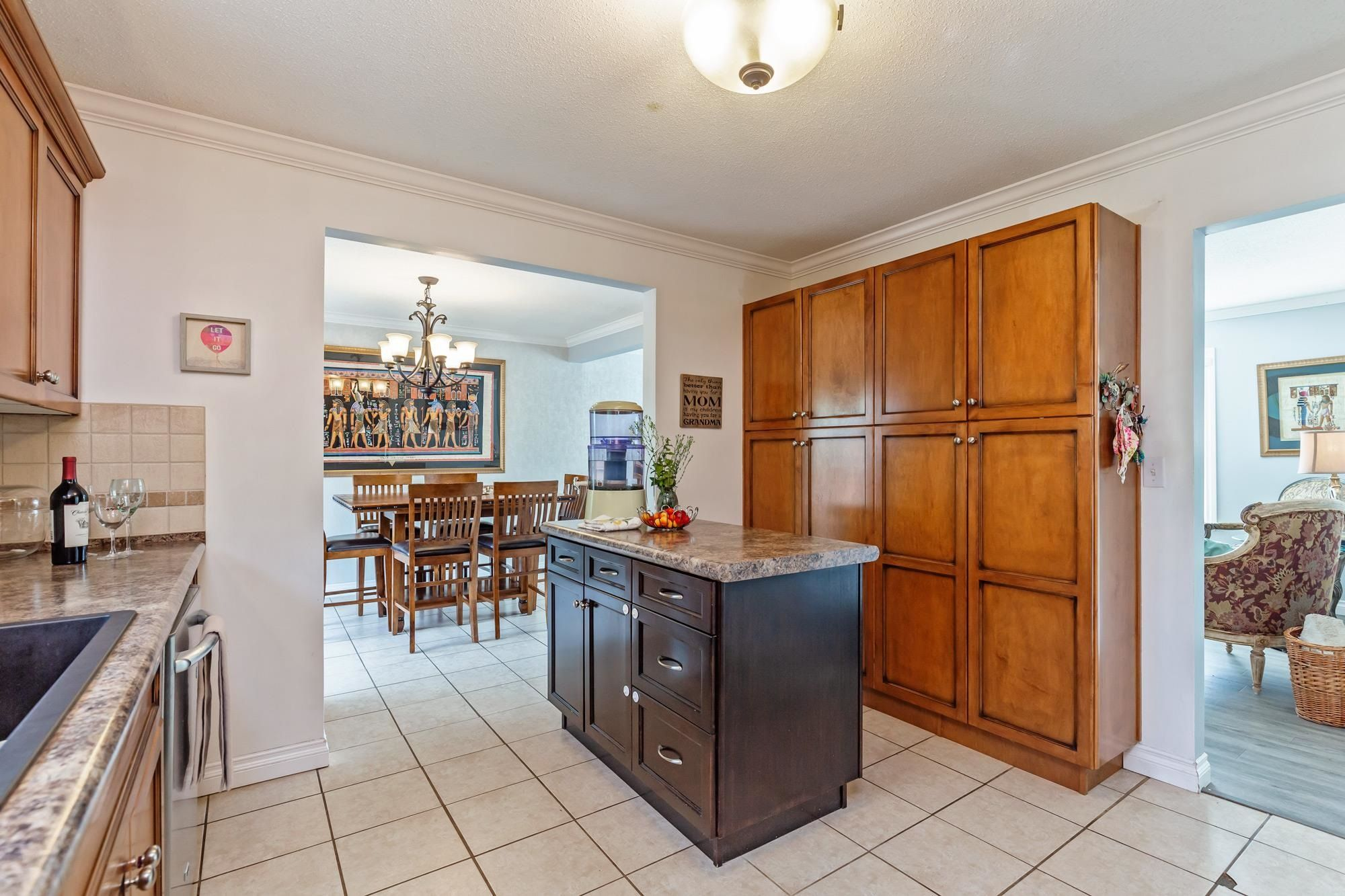 Photo 10: Photos: 32319 ATWATER Crescent in Abbotsford: Abbotsford West House for sale : MLS®# R2609136