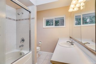 """Photo 17: 1381 CHINE Crescent in Coquitlam: Harbour Chines House for sale in """"Harbour Chines"""" : MLS®# R2262482"""