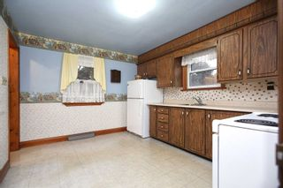 Photo 6: 67 S Elizabeth Crescent in Whitby: Blue Grass Meadows House (Bungalow) for sale : MLS®# E4609796