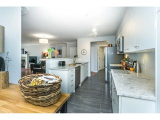 "Photo 4: 319 15210 PACIFIC Avenue: White Rock Condo for sale in ""Ocean Ridge"" (South Surrey White Rock)  : MLS®# R2259436"