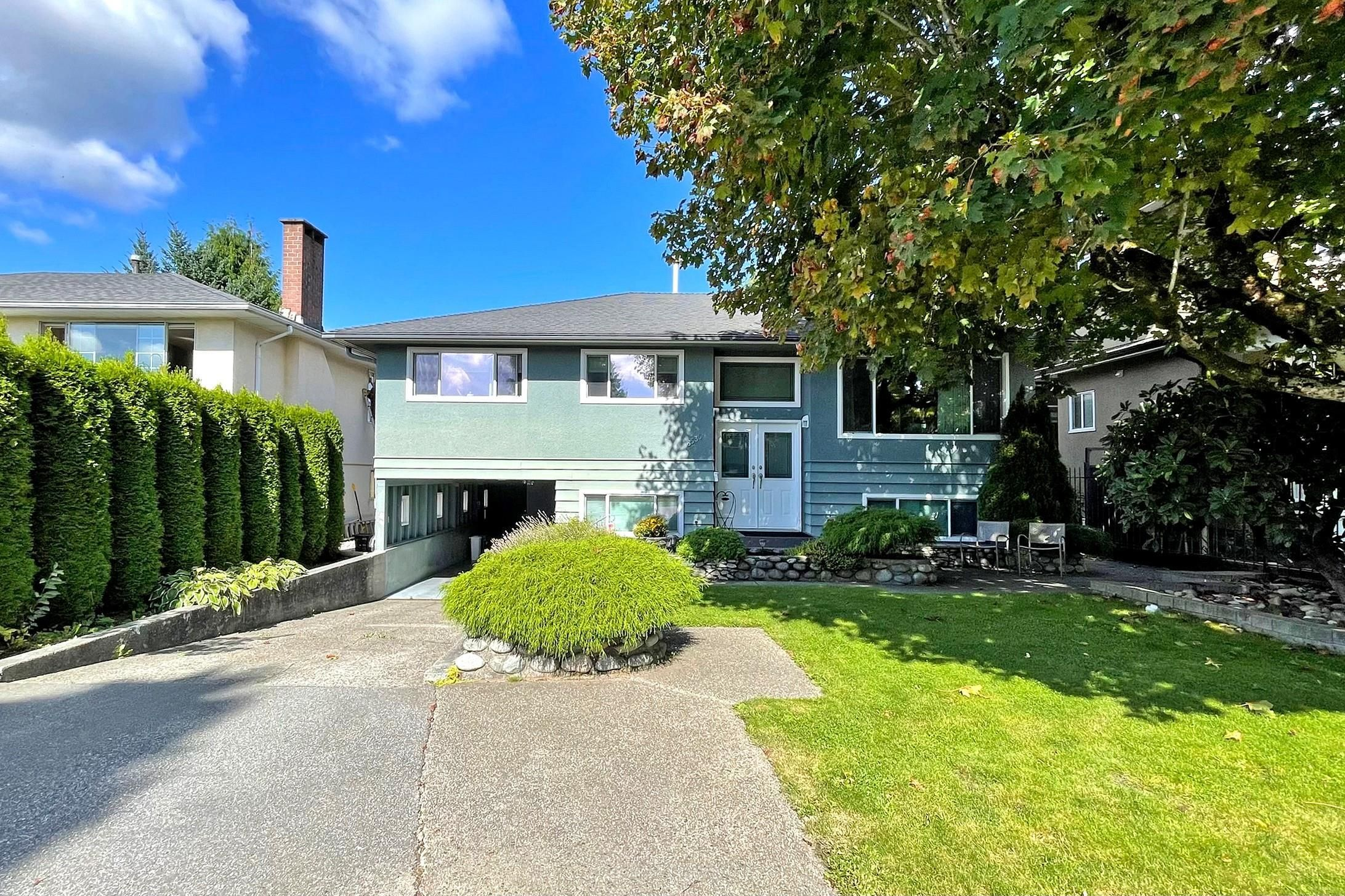 Main Photo: 6535 GEORGIA Street in Burnaby: Sperling-Duthie House for sale (Burnaby North)  : MLS®# R2618569