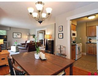 """Photo 7: 107 1544 FIR Street in White_Rock: White Rock Condo for sale in """"Juniper Arms"""" (South Surrey White Rock)  : MLS®# F2905092"""