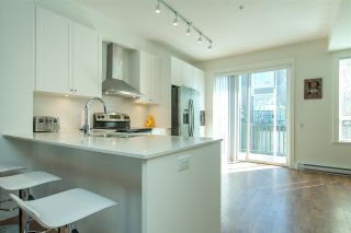"""Photo 5: 53 8438 207A Street in Langley: Willoughby Heights Townhouse for sale in """"YORK By Mosaic"""" : MLS®# R2201885"""