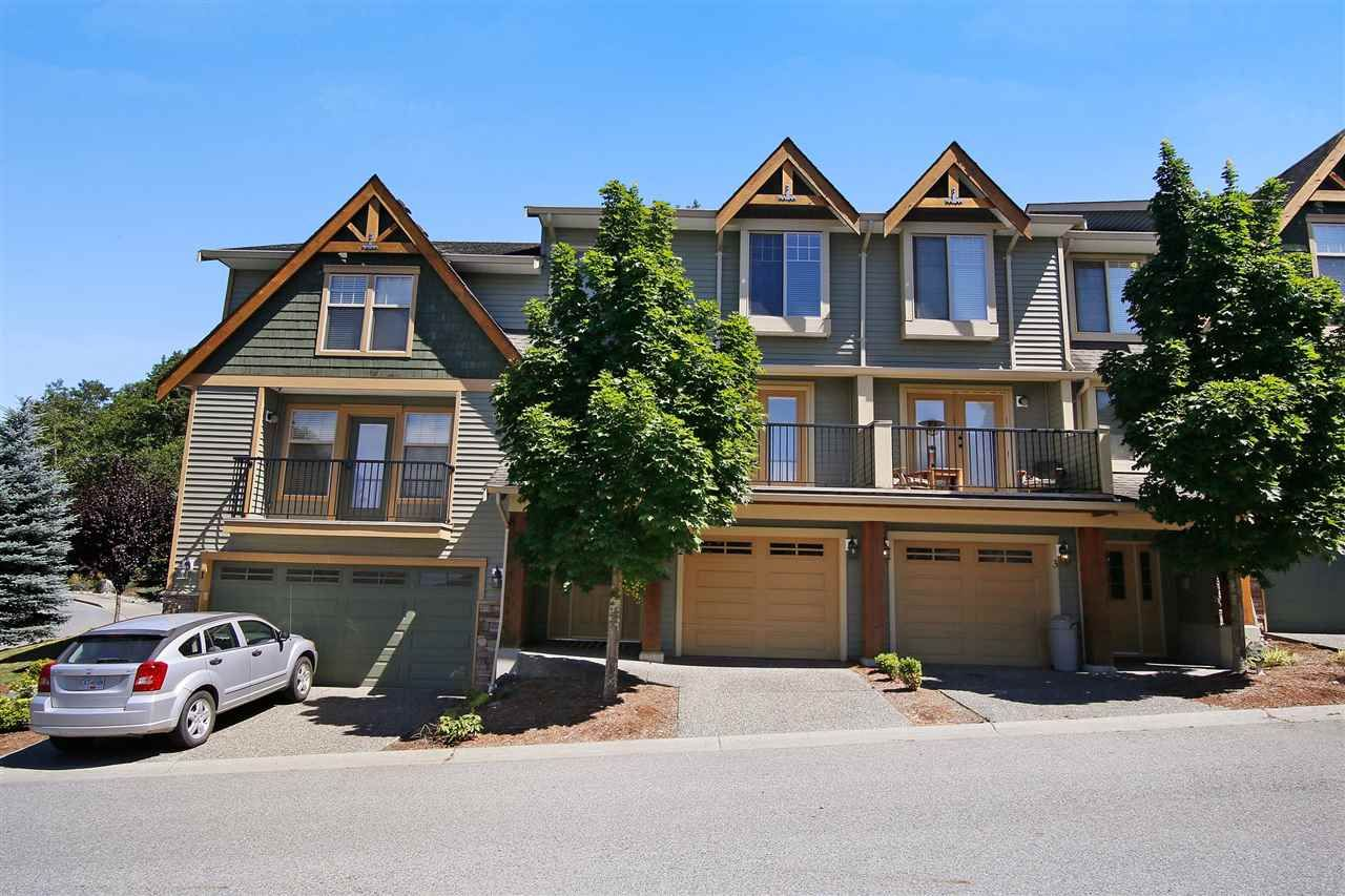 """Photo 1: Photos: 2 46840 RUSSELL Road in Sardis: Promontory Townhouse for sale in """"TIMBER RIDGE"""" : MLS®# R2197387"""
