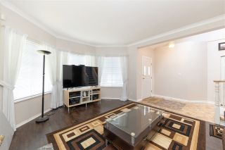 Photo 3: 6638 122A STREET in Surrey: West Newton House for sale : MLS®# R2555017