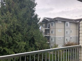 """Photo 6: 311 2780 WARE Street in Abbotsford: Central Abbotsford Condo for sale in """"CHELSEA HOUSE"""" : MLS®# R2415630"""