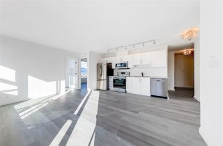 """Photo 10: 2304 550 TAYLOR Street in Vancouver: Downtown VW Condo for sale in """"THE TAYLOR"""" (Vancouver West)  : MLS®# R2569788"""