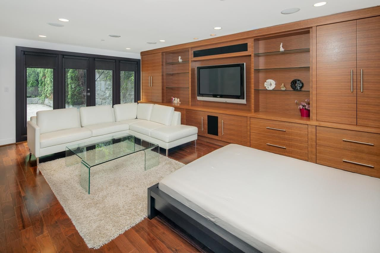 Photo 16: Photos: 4584 LANGARA Avenue in Vancouver: Point Grey House for sale (Vancouver West)  : MLS®# R2526134