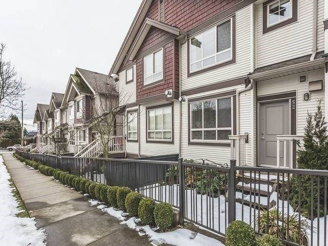 """Main Photo: 52 19560 68 Avenue in Surrey: Clayton Townhouse for sale in """"Solano"""" (Cloverdale)  : MLS®# R2139361"""