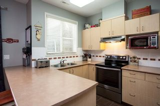Photo 6: 19 6465 184A Street in Surrey: Cloverdale BC Townhouse for sale (Cloverdale)  : MLS®# R2145774