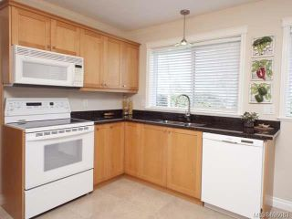 Photo 4: 1480 Thorpe Ave in COURTENAY: CV Courtenay East House for sale (Comox Valley)  : MLS®# 696083