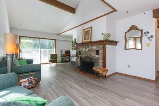 Photo 3: 39 1287 Verdier Ave in : CS Brentwood Bay Row/Townhouse for sale (Central Saanich)  : MLS®# 857546