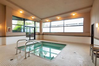 """Photo 17: 301 2225 HOLDOM Avenue in Burnaby: Central BN Condo for sale in """"LEGACY TOWERS"""" (Burnaby North)  : MLS®# R2329994"""