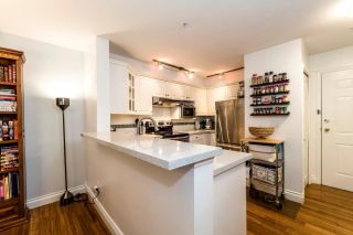 "Photo 5: 113 155 E 3RD Street in North Vancouver: Lower Lonsdale Condo for sale in ""The Solano"" : MLS®# R2244592"