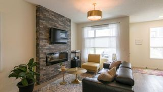 Photo 4: 46 Wolf Creek Manor SE in Calgary: C-281 Detached for sale : MLS®# A1145612