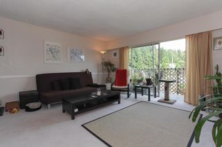 """Photo 3: 63 2002 ST JOHNS Street in Port Moody: Port Moody Centre Condo for sale in """"PORT VILLAGE"""" : MLS®# R2197054"""