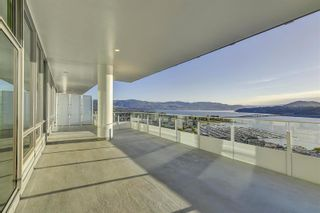 Photo 2: #3302 1191 Sunset Drive, in Kelowna, BC: Condo for sale : MLS®# 10241272