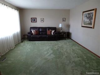 Photo 17: 3615 KING Street in Regina: Single Family Dwelling for sale (Regina Area 05)  : MLS®# 576327