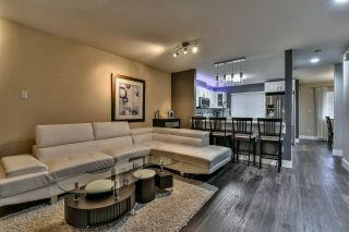 "Photo 10: 3 18181 68 Avenue in Surrey: Cloverdale BC Townhouse for sale in ""MAGNOLIA"" (Cloverdale)  : MLS®# R2141372"