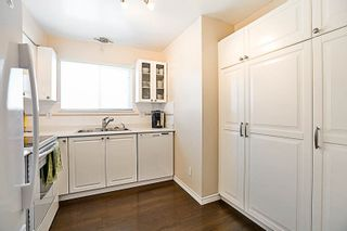 """Photo 8: 302 202 MOWAT Street in New Westminster: Uptown NW Condo for sale in """"SAUCILITO"""" : MLS®# R2197318"""