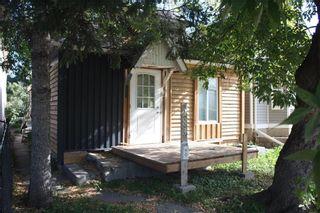Photo 1: 283 Bowman Avenue in Winnipeg: Elmwood Residential for sale (3A)  : MLS®# 202122601