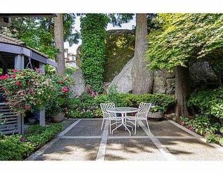 """Photo 2: 5257 ASPEN Crescent in West Vancouver: Upper Caulfeild Townhouse for sale in """"SAHALEE"""" : MLS®# V1023681"""