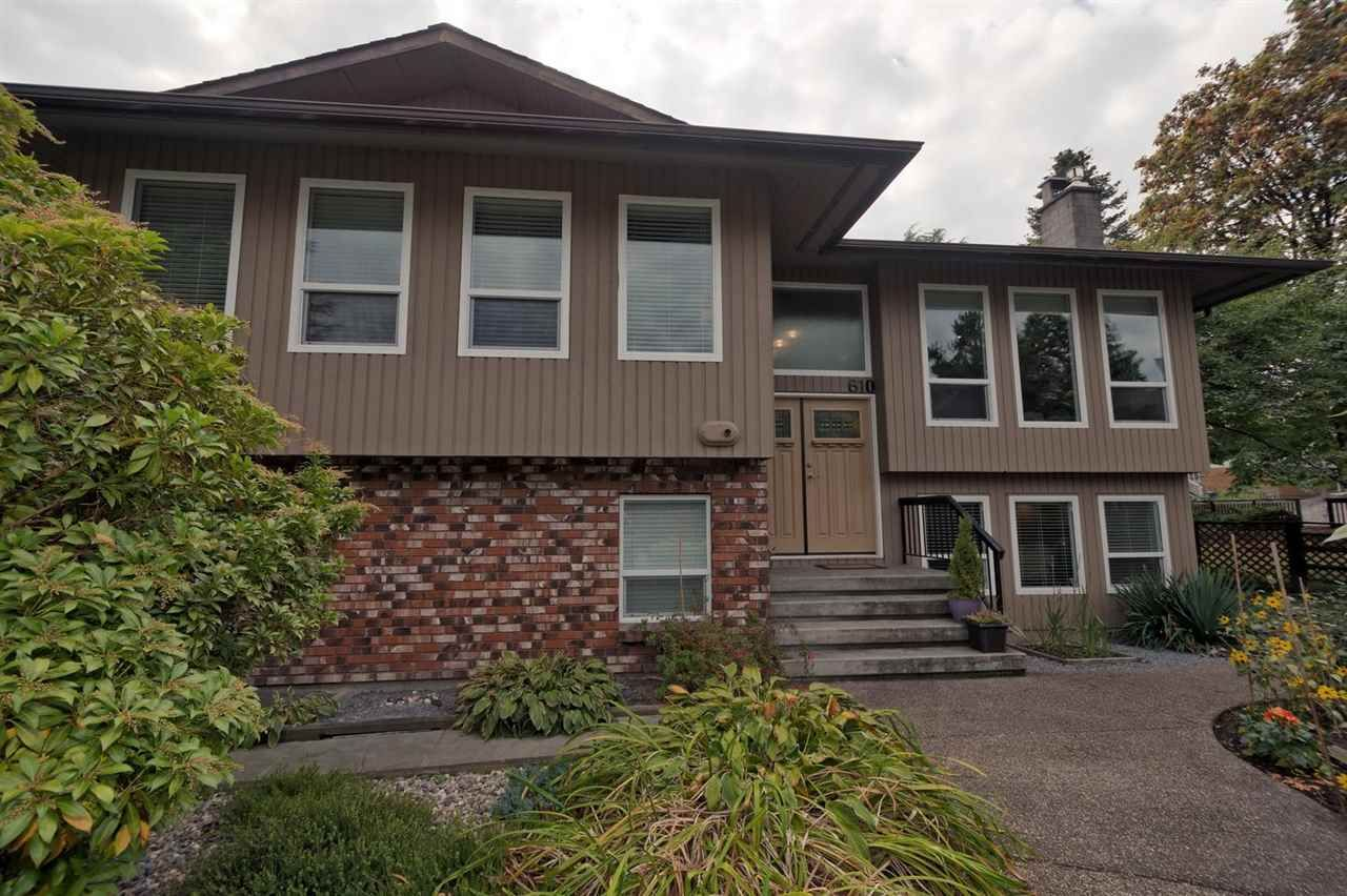 Main Photo: 610 LIDSTER Place in New Westminster: The Heights NW House for sale : MLS®# R2306437