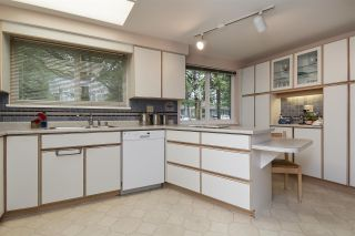 """Photo 7: 104 3180 E 58TH Avenue in Vancouver: Champlain Heights Townhouse for sale in """"HIGHGATE"""" (Vancouver East)  : MLS®# R2405144"""