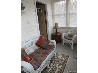 Photo 2: 19 Guay Avenue in WINNIPEG: St Vital Residential for sale (South East Winnipeg)  : MLS®# 1409385