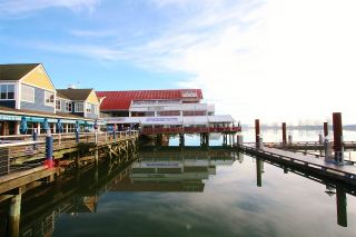 "Photo 7: 3791 BROADWAY Street in Richmond: Steveston Village House for sale in ""STEVESTON VILLAGE"" : MLS®# R2561373"