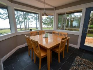 Photo 12: 6425 W Island Hwy in BOWSER: PQ Bowser/Deep Bay House for sale (Parksville/Qualicum)  : MLS®# 778766