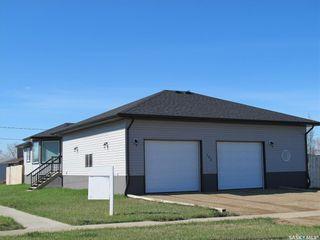 Photo 5: 702 Railway Avenue in Bienfait: Residential for sale : MLS®# SK842218