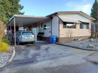 """Photo 2: 114 8234 134 Street in Surrey: Queen Mary Park Surrey Manufactured Home for sale in """"WESTWOOD GATE"""" : MLS®# R2536332"""