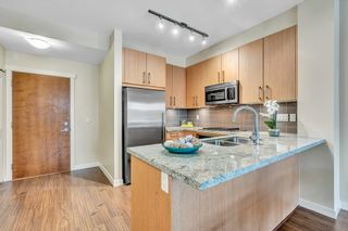 "Photo 11: 304 139 W 22ND Street in North Vancouver: Central Lonsdale Condo for sale in ""ANDERSON WALK"" : MLS®# R2526044"