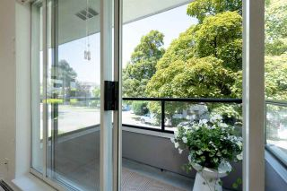 """Photo 12: 206 1988 MAPLE Street in Vancouver: Kitsilano Condo for sale in """"The Maples"""" (Vancouver West)  : MLS®# R2597512"""