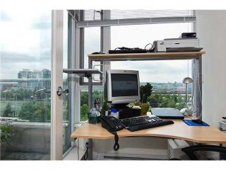 """Photo 7: 809 550 TAYLOR Street in Vancouver: Downtown VW Condo for sale in """"THE TAYLOR"""" (Vancouver West)  : MLS®# V838686"""