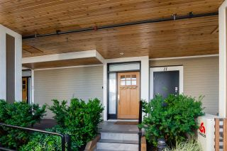 "Photo 2: 8 3993 CHATHAM Street in Richmond: Steveston Village Townhouse for sale in ""STEVESTON VIEWS"" : MLS®# R2441255"