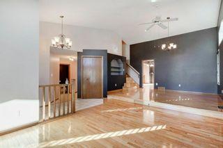 Photo 3: 142 Hawkdale Circle NW in Calgary: Hawkwood Detached for sale : MLS®# A1150961