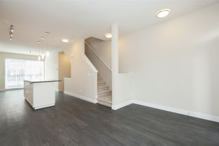 """Photo 7: 152 2228 162 Street in Surrey: Grandview Surrey Townhouse for sale in """"BREEZE"""" (South Surrey White Rock)  : MLS®# R2143902"""